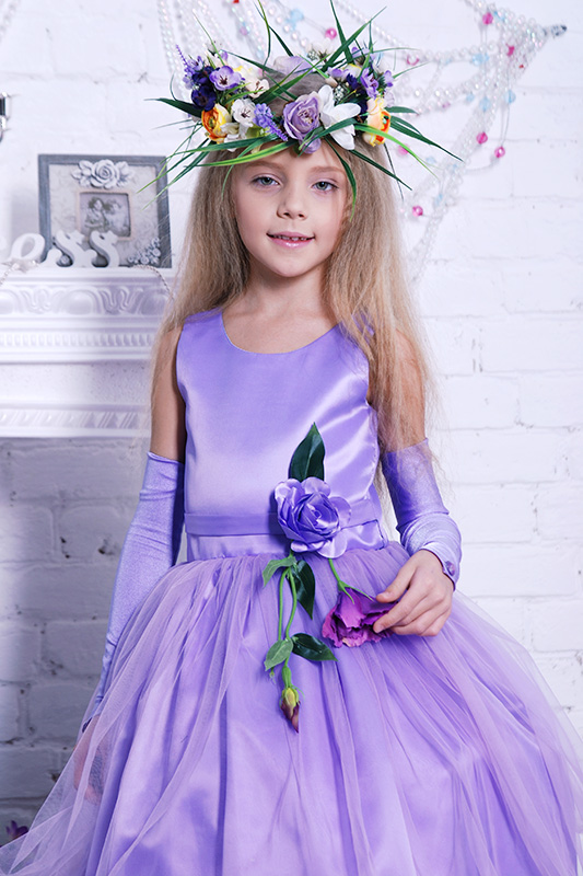 костюмы и платья весны для девочек на прокат в детсткий сад и школу