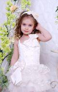 Бальное платье молочное с хвостом; Артикул СМ7/СМ135