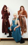 Костюмы Монах, Дейенерис Таргариен и Хазарская принцесса
