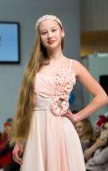 Платье бальное персиковое с цветами; Артикул КВ25