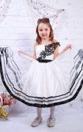 Платье бальное с черной вышивкой; Артикул СМ210